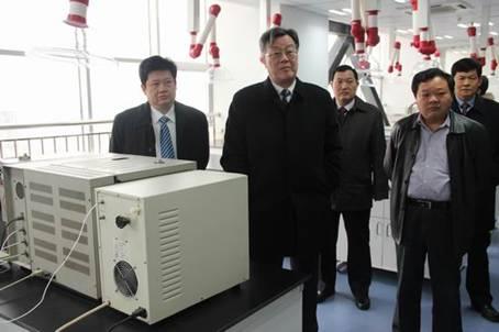 省质监局局长靳道强一行调研宿迁质监系统装备载体建设情况
