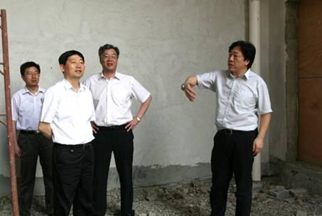 南京市委副书记靳道强一行视察江苏省计量检测基地